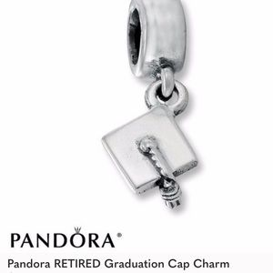 Pandora retired graduation cap charm